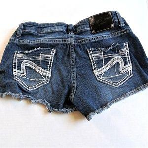 3/$25 Red Rivet Juniors Blue Jean Shorts 3